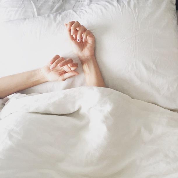 hands-on-pillow