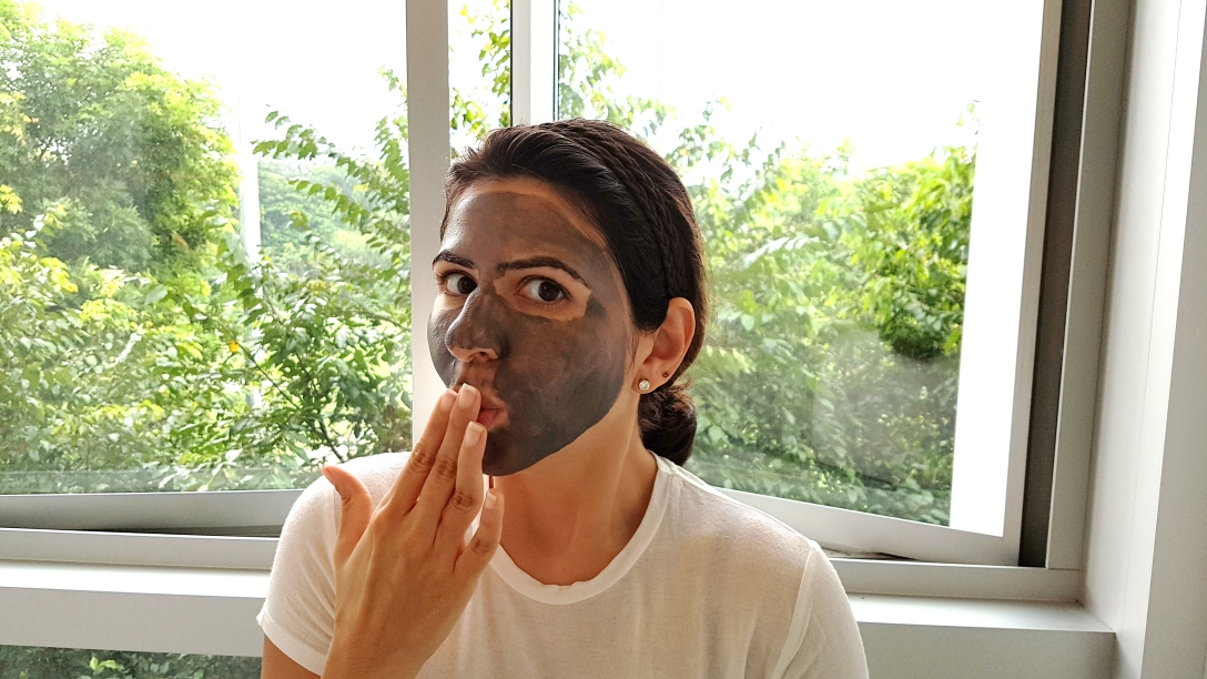 charcoal face mask, deep clean, skin, skincare routine, beauty button, beauty wonderland, the beauty wonderland, Delara Lalwani